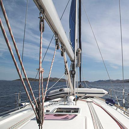 sailboat-950352-1920
